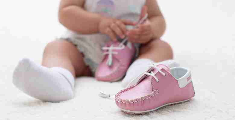 Guidelines to choose shoes for babies