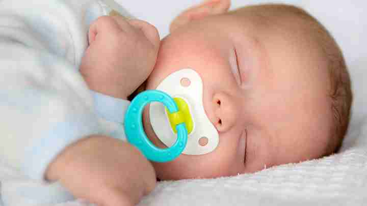 Selecting a pacifier for your baby
