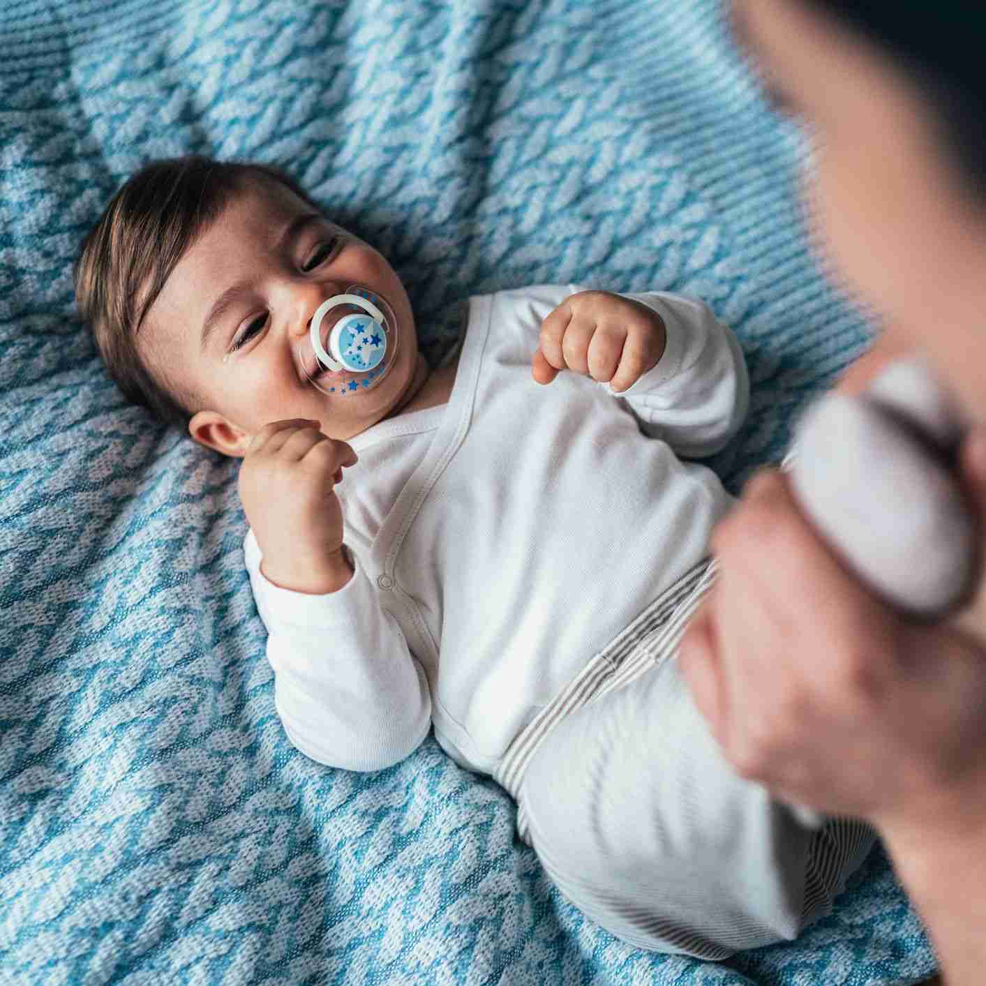 ideal age to give pacifier